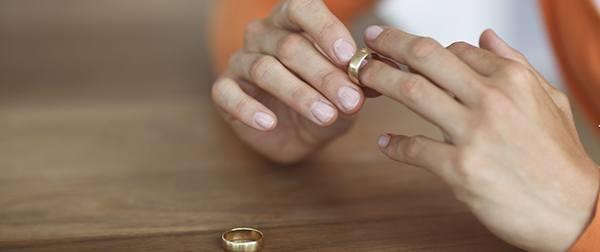 Abogado de familia. Divorcios, separaciones, custodias.