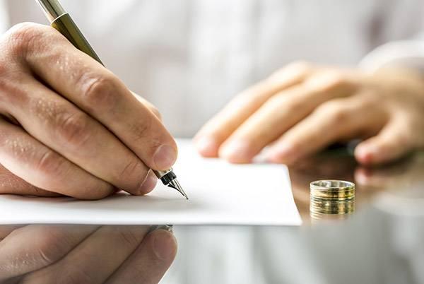 Abogado especialista en divorcios, separaciones y custodias de los hijos
